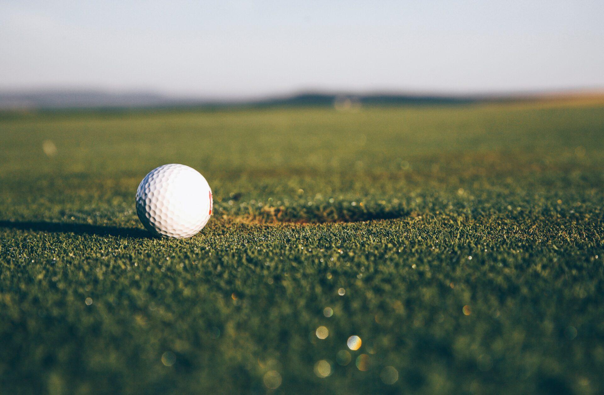 気軽にゴルフを楽しもう!大手配達業者のゴルフ便を比較!