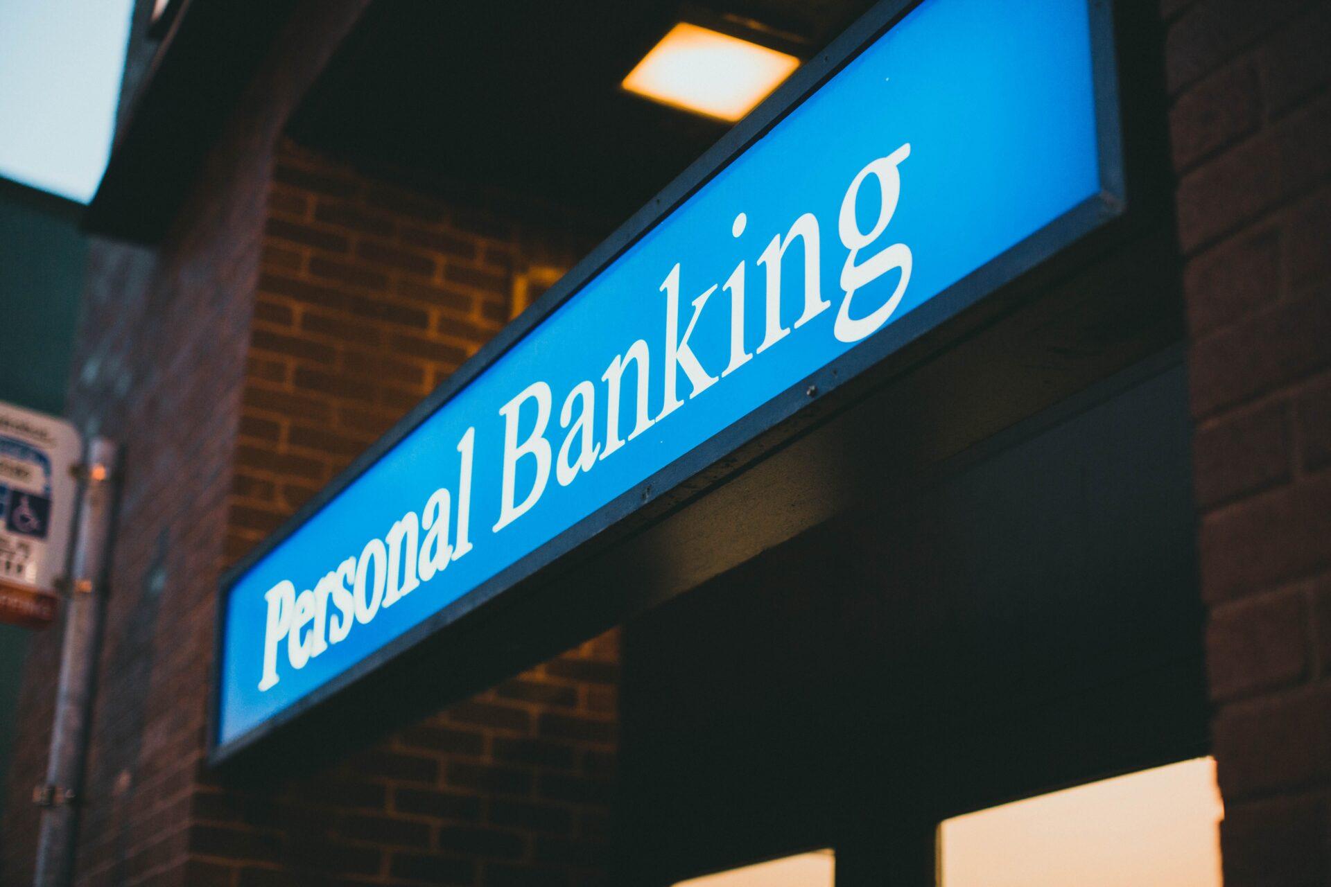 ラクマユーザーは必見!楽天銀行のメリットとは?ラクマを利用している人は開設すべき理由について紹介!