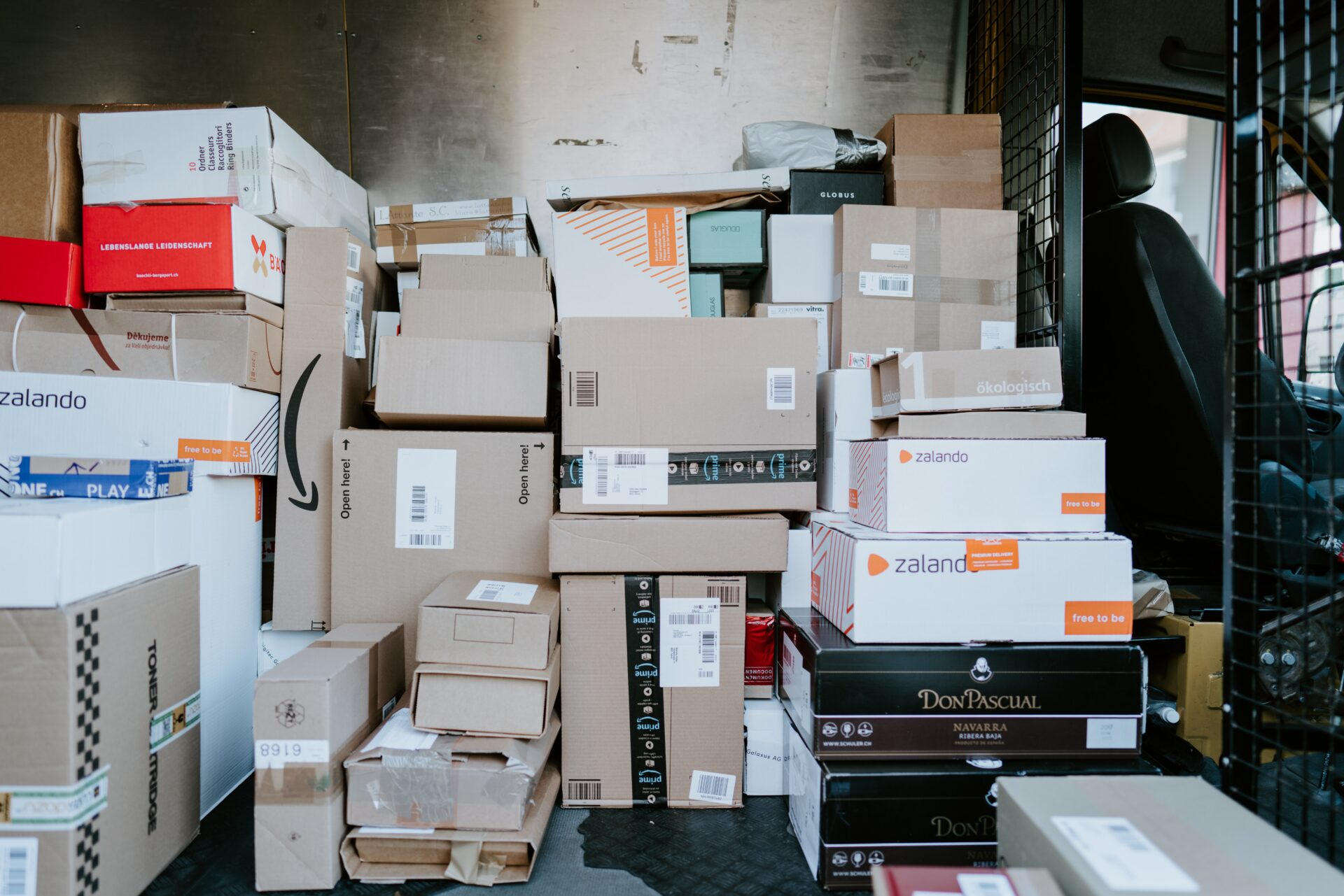 梱包・配送たのめる便てどんなサービス?サイズ・料金や特徴とは?